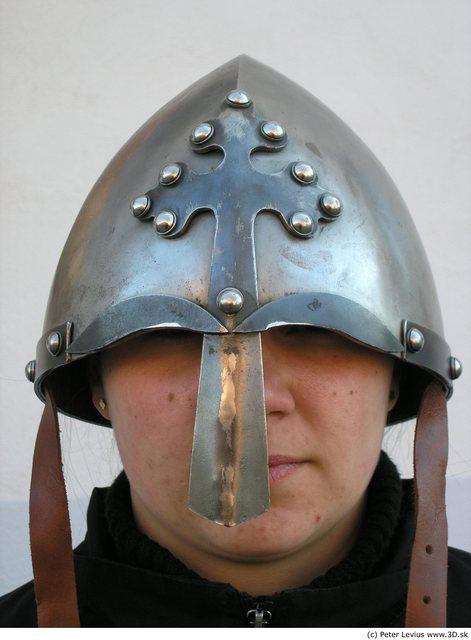Head Woman White Helmet Average