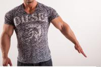 Arm moving reference jeans tshirt of Sebastian 0002